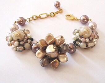 Upcycled Cluster Earrings Bracelet, Neutral Cafe au Lait, Repurposed Vintage  Pearls and Earrings, Eco Friendly Bracelet