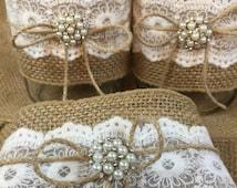 10 PINT Jar Wraps, Burlap and Lace Mason jar wraps, Table Centerpiece, Rustic wedding, Wedding decor, Burlap wedding, Pint jar sleeves