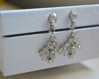 1950s Rhinestone Dangle Screw Back Earrings