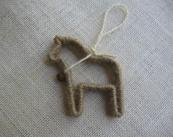 Horse Christmas Ornament / Kraft Jute Twine Horse / Primitive Horse / Rustic Tree Ornament / Horse Lover Gift / Animal Christmas Decoration