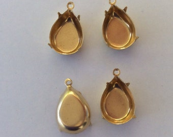 Polished Brass Settings Swarovski Elements15x11mm pear 1 Ring 4 Prong Settings Qty - 4