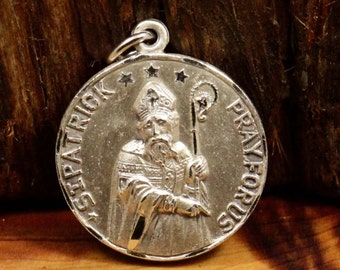 """Vintage Saint Patrick Pray for Us Silver Religious Medal Pendant Jewelry on 18"""" sterling rolo chain"""