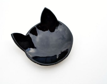 Halloween black cat ring dish - gold dotted detail - black ceramic jewelry dish plate - wedding ring bearer holder
