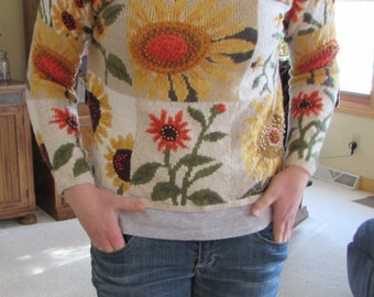 RARE! Vintage Embroidered Sunflower Sweater