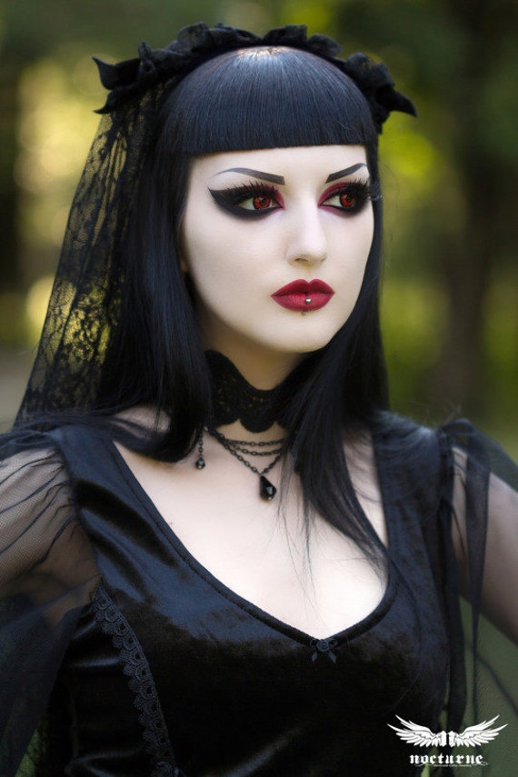 Gothic Lace Choker with Black Teardrops and Chain - Victorian Gothic Jewelry