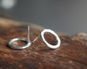 Hammered circle studs - Small post earrings - Fine Silver & Sterling Silver - Minimalist textured circles