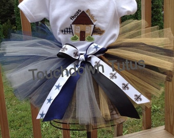 House divided outfit -pick your teams.  Featured Cowboys vs. Saints