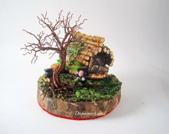 Witch's Cottage  (Halloween Themed Copper Wire Tree Sculpture / Autumn Scene)