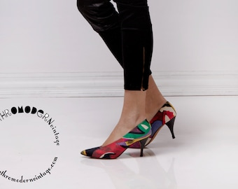 Vintage 1980's Paloma Multicolor Abstract Print Pumps / Black Patent Heels / Size 8 8.5 AA / Made in Italy