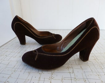 40's Cammeyer 5th Ave Babydoll Pumps Brown Peekaboo Rounded Toe Heels Shoes 6 6.5 7