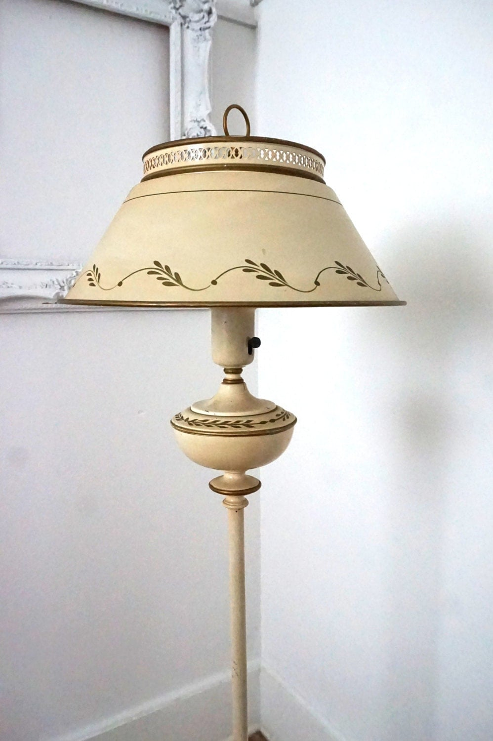 Vintage ivory tole painted floor lamp with metal shade for Vintage floor lamp with metal shade