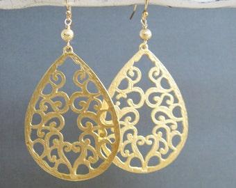 Gold Filigree Earrings, Teardrop Large Gold earrings, Gold filigree earring, large earring, gift for her, gift for mom, birthday gift