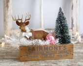 Christmas Decoration, Folk Art Vintage Style, Flocked Deer, Bottle Brush Tree Farmhouse Style, White Boughs, Pink Ornament, Old Cheese Box