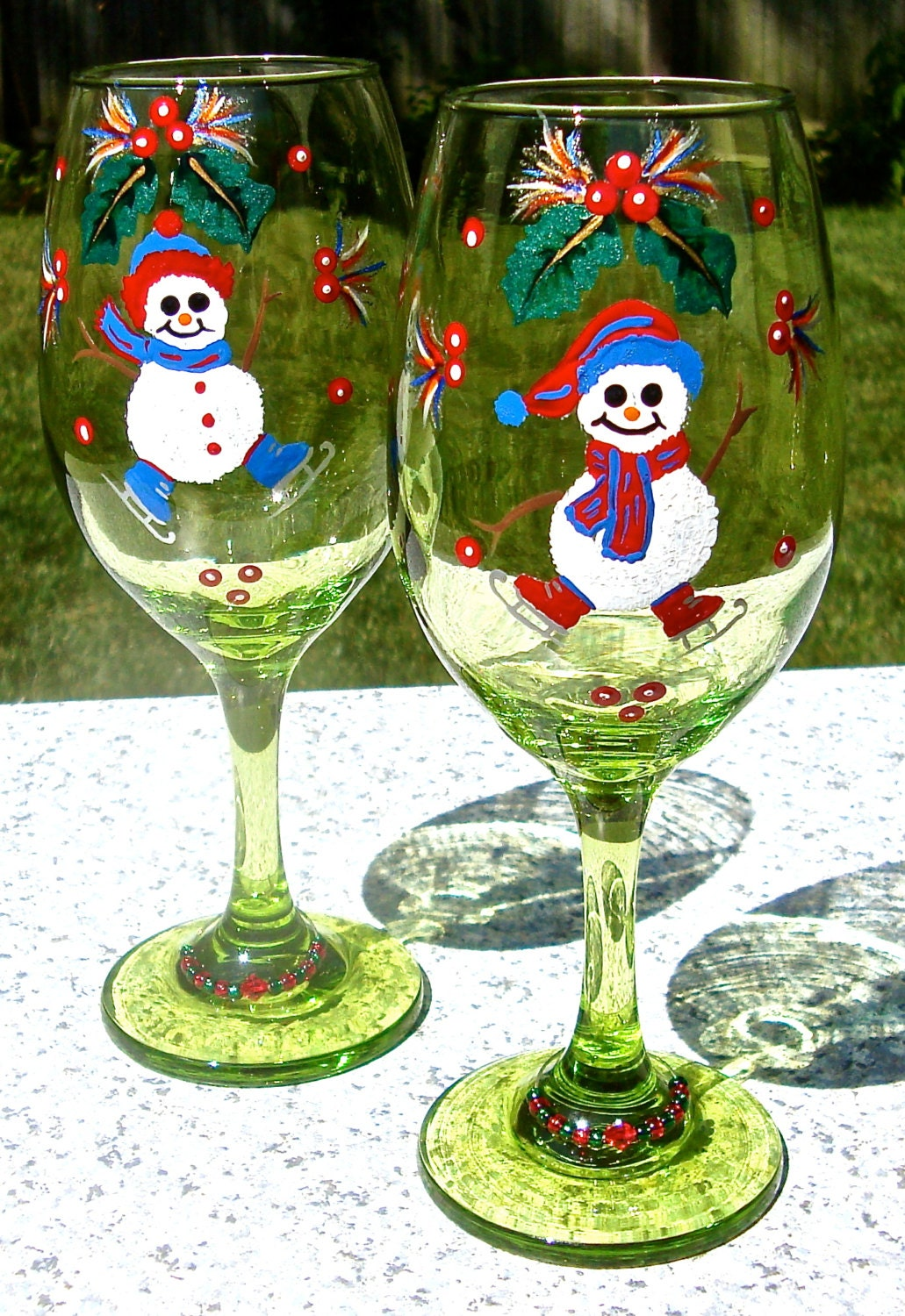 Hand painted christmas wine glasses with snowmen painted for Christmas glass painting
