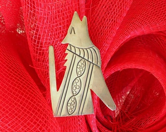 Vintage Navajo Wolf Pin - Sterling Silver, Hand Engraving, Howling - Great Piece!