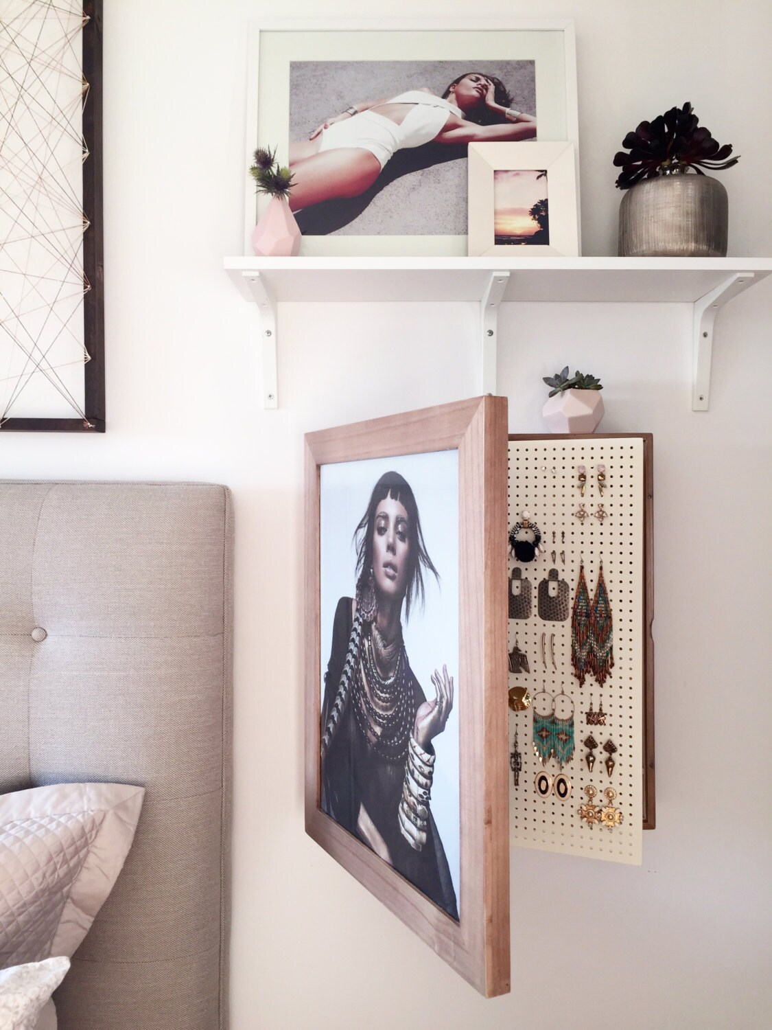 wall mounted jewelry organizer photo frame by bleachla on etsy. Black Bedroom Furniture Sets. Home Design Ideas