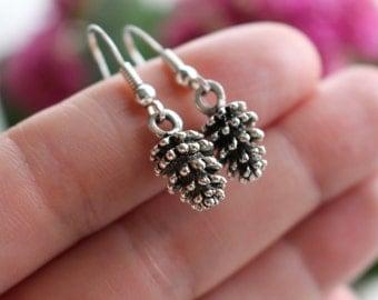 Pine cone earrings, silver earrings, silver jewelry, forest earrings, autumn fashion, woodland earrings, bohemian earrings, urban fashion