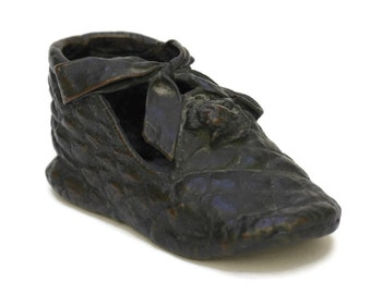 French Antique Girls Bronze Shoe. Childrens Bronzed Bootie with Engraving. 1920s Shoe. Antique Childrens Shoe Form. Nursery Decor.
