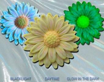 Pastel Lemon Yellow Daisy Pendant EyeGloArts Glow in the dark jewelry and neon blacklight UV reactive polymer clay flowers