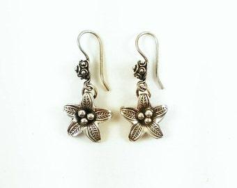 Vintage Sterling Silver Eclectic Flower Drop Earrings