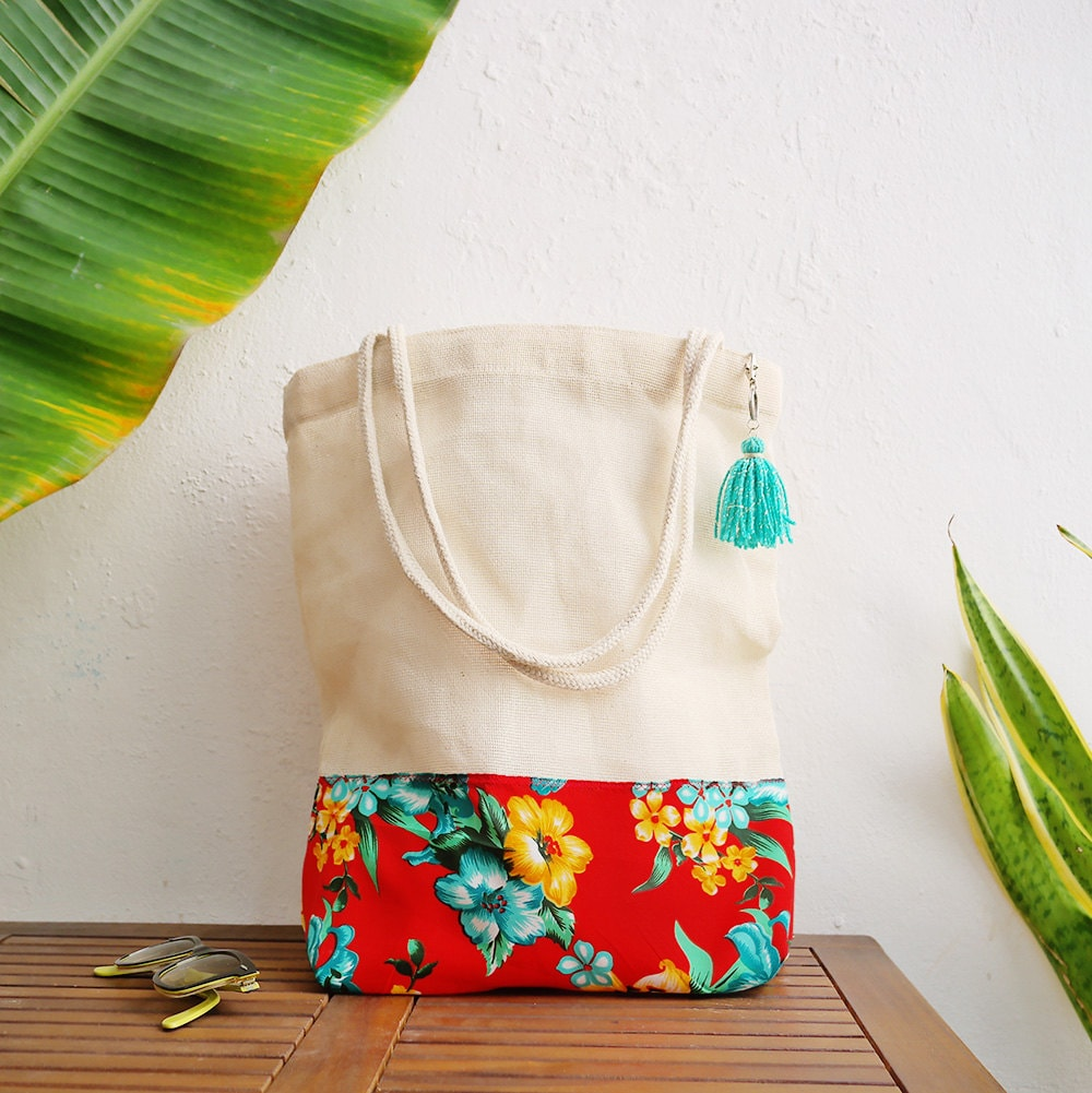 Destination Wedding Gift Bags: Tropical Gift Bags Destination Wedding Beach / Custom Totes