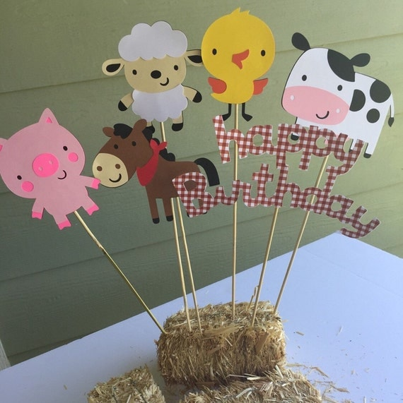 Red gingham barnyard farm animals centerpiece by