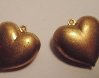 3 Vintage Brass Dimentional Hearts