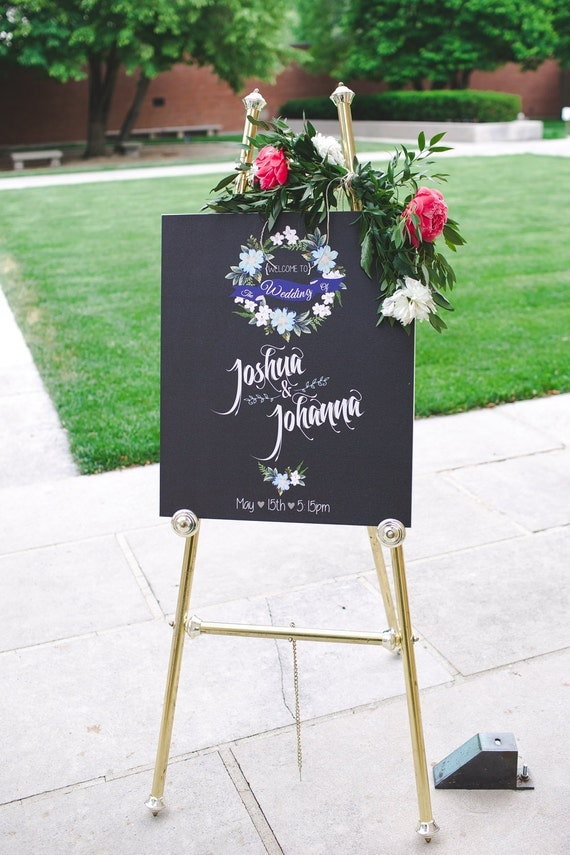 Custom made Wedding Welcome Canvas Sign with Wedding Date Floral Garland wedding