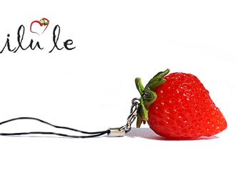 Keychain strawberries, berries jewelry, mini food, clay food, stick to the food bag, keychain cute, red, food jewelry, pendant, sweets