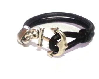 Marine macrame bracelet