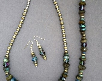 Blue and gray hues necklace, bracelet and earring set