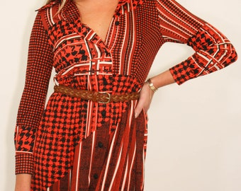 Berry Red 70's Vinatge button up dress
