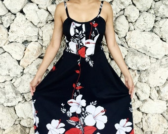 Vintage 60s Early 70s Malihini Hawaii  Black Floral Design Polyester Strap Scoop Neck Empire Waist Maxi Dress M