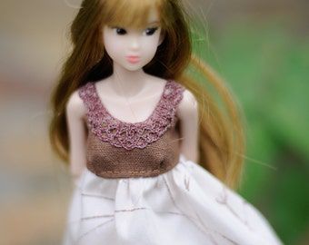 Floral Dress for Momoko doll - momoko dress - momoko clothes - momoko doll vine pink vintage