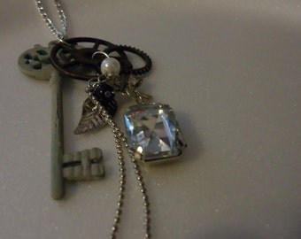 Titansgrave Character Inspired Key and Charm Pendant Necklace - Aankia