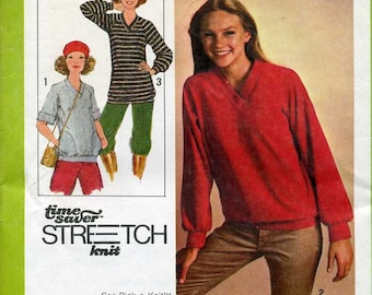 Misses'  Stretch Knit Pullover Sewing Pattern A Time Saver Simplicity Pattern No. 8618 / Size 6, 8, 10 Bust 30 1/2, 31 1/2, 32 1/2 / Uncut