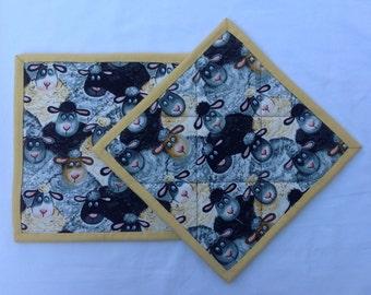 009 Whimsical Black & White Sheep Pot Holders