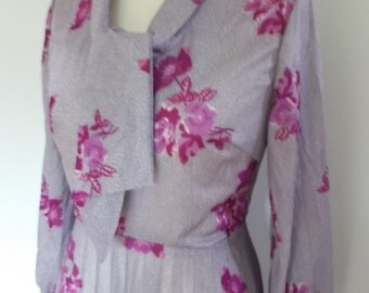 Vintage dress 70s lilac pink floral pleated dress with pussy bow tie size medium