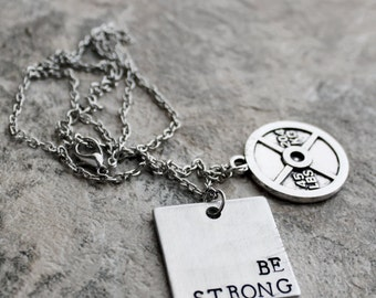 Be Strong Necklace, Stamped Strong Bodybuilding Necklace, 45lb 20kg weight plate, Fitness Jewelry, Gym Instructor Trainer Gift