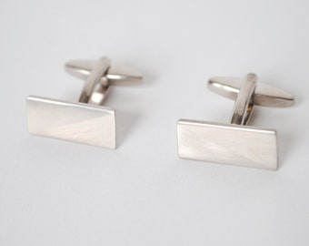 Vintage Silver Toned Cuff-links
