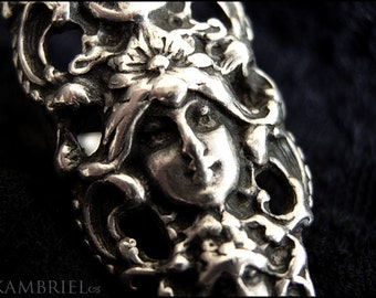 Stunning Antique Art Nouveau Mystical Triple Goddess Ring in Solid Sterling Silver - Size 6 1/2
