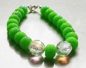 "8"" Neon Green Shambala Bracelet Crystal Silver Free Shipping"