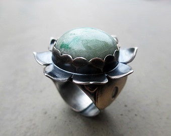Lotus Flower Bliss Ring with Chrysoprase, Heart Chakra, Love of Truth, Fidelity in Business, Stimulates Creativity, Deep Meditation, Gypsy