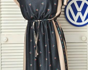 Vintage Women's Dress/70s Handkerchief Print/Matching Ribbon Belt/Leslie Fay/Prussian Blue & Tan/ USA Secretary Daywear Medium Elastic Waist