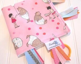 Sensory Ribbon Blanket,Lovey,Tag Blanket/Mr. Bear in Pink/Organic Cotton Fleece