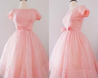 Vintage 1950s Fit'n'Flare Pink Bow Dress