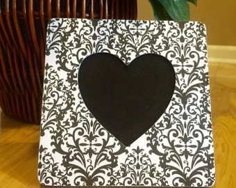 Black and White Heart Picture Frame / Decoupage Picture Frame / Heart Photo Frame / Heart Picture Frame