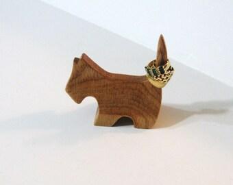 Dog Ring Holder Made Of Oak Wood
