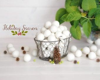 25 Felt Balls - 3CM Wool Felt Balls - 100% Wool Felt Balls - (3cm/30mm) Holiday Season Felt Balls - White Felt Balls - Christmas Felt Balls