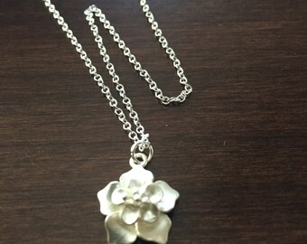 Silver Flower Necklace, Flower Necklace, Flower, Silver Flower, Flower Jewelry, Silver Necklace, Necklace